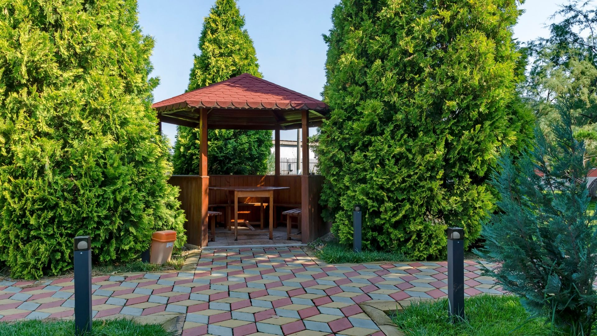 Gazebos service - Vittorio Remodeling & Construction